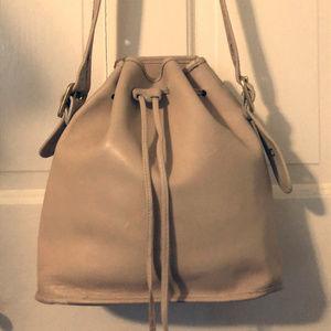 Vintage Coach Ivory Leather Drawsting Shoulder Bag